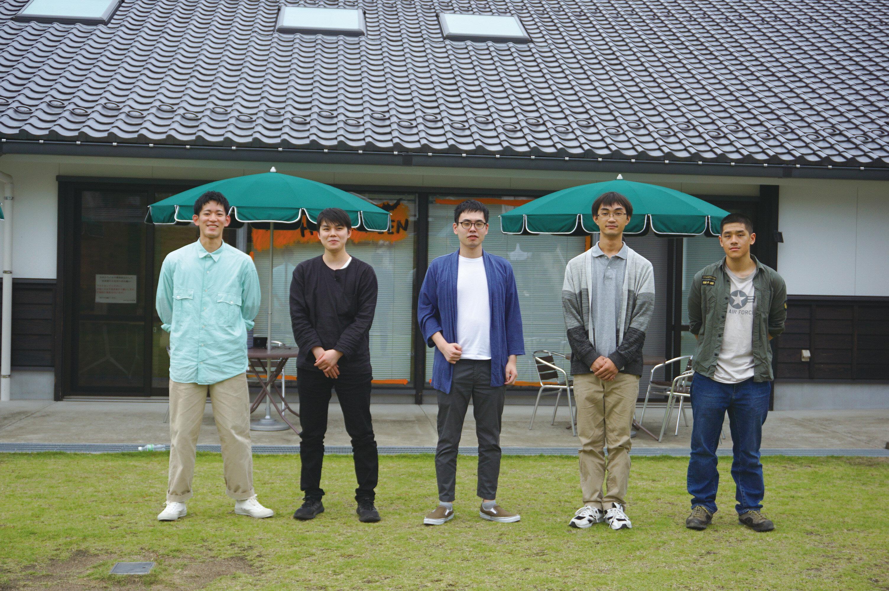 愛媛県・久万高原町の高校生がクロモジを学び、精油を製品化、町の名産品へ