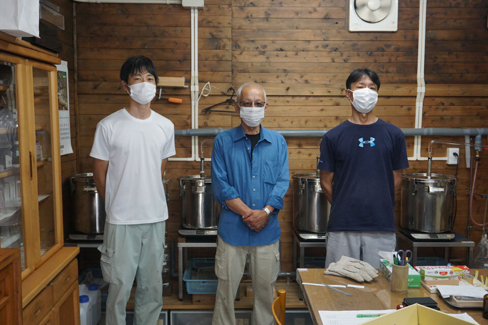 宮川森林組合の中須真史さん、森正裕さん、高瀬和幸さん
