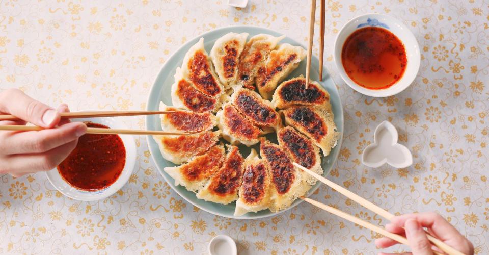 みかんの皮が隠し味!いつもの具に陳皮を加えたアレンジ餃子レシピ