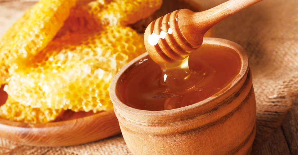 ハチミツの効果とは?乾燥する季節に嬉しい風邪予防&美肌効果も!