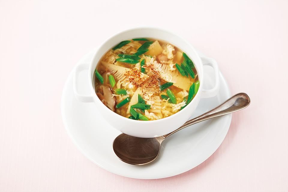 たけのこと椎茸の卵とじスープの写真