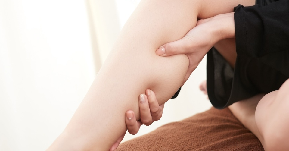 こり・むくみ解消に!血行を促進する「経絡」の簡単ツボストレッチ法